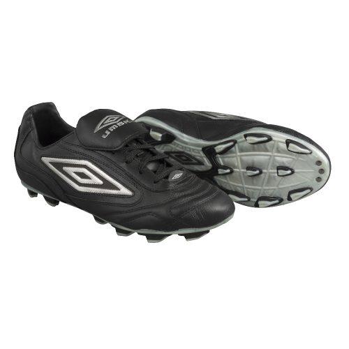 Souliers de soccer Umbro Motion C-FG