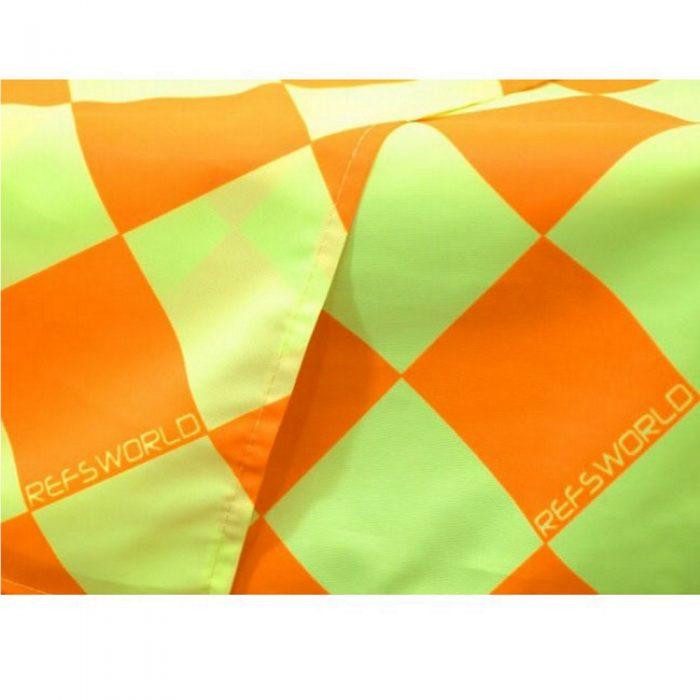Drapeaux de qualité pour arbitre assistant au soccer