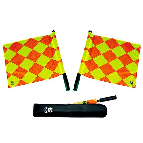 Paire de drapeaux de haute performance pour arbitre de soccer Quadro I de b+d avec étui de rangement